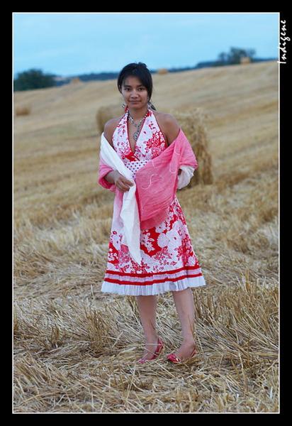 La tonkinoise dans les blés