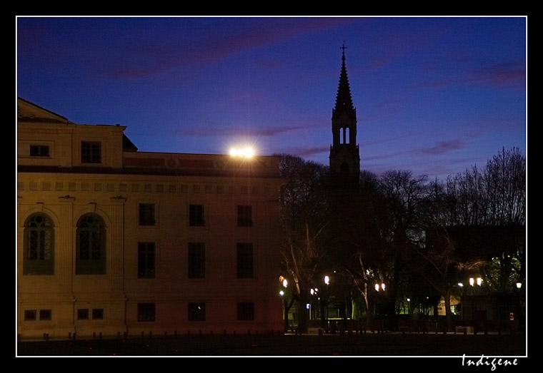 L'aube à Nîmes