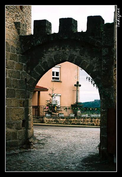 Le porche en pierres