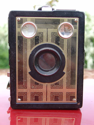 Kodak Brownie Junior de face