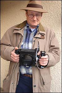 Jean avec son Epave de Mamiya Press