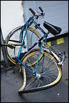 photo Un vélo écrabouillé