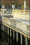 photo Les piliers des Jardins de la Fontaine