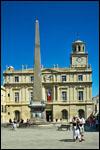 photo L'obélisque et l'hotel de ville