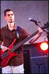 photo Le bassiste du groupe Baxtter