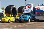 photo Les voitures alignées pour le départ