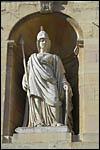 photo Dijon - La statue de la Mairie