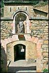 photo Statue et porte